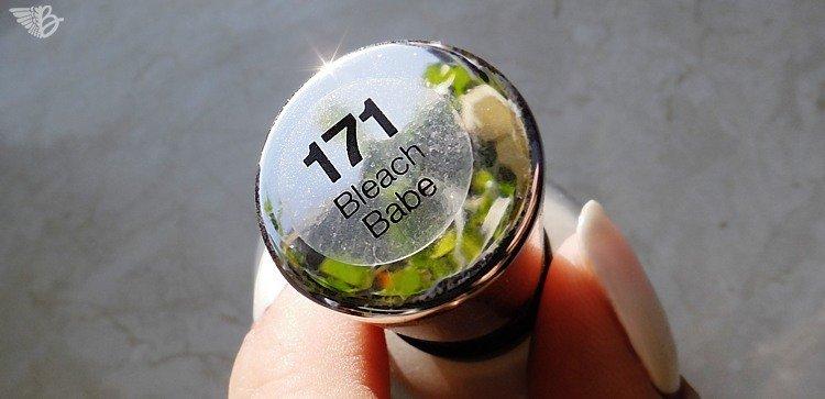 Sally Hansen 171 Bleach Babe