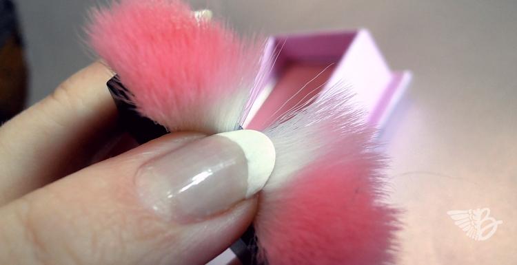 w7-candyfloss-brush2