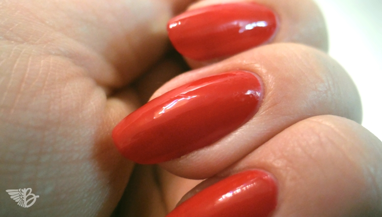 AVON Nailwear pro REAL RED