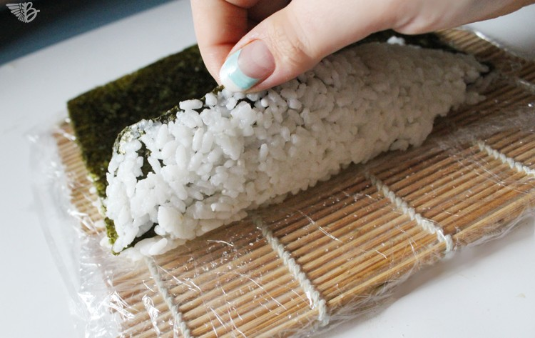inside-out-sushi-rolls-technik