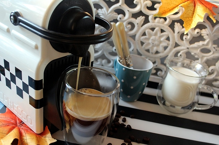 kaffee-nespresso-brühen