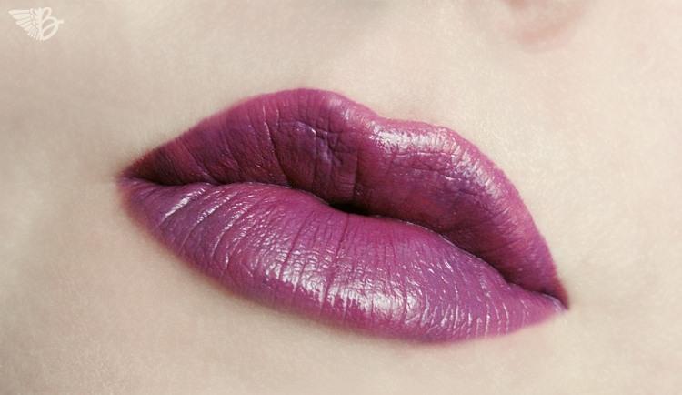 lips3-dark