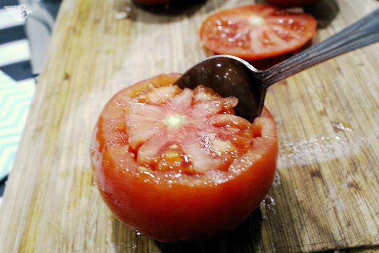 tomaten-aushöhlen