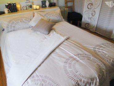 Bett - Schlafzimmer
