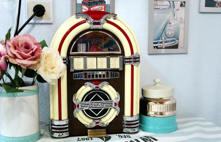 mini jukebox